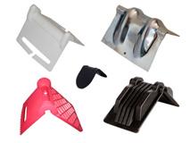 Kantenschutzwinkel aus Kunststoff und Metall